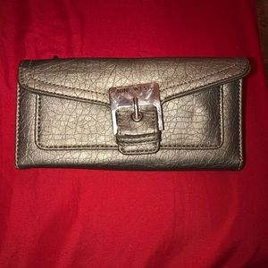 Dark silver wallet by Nine West